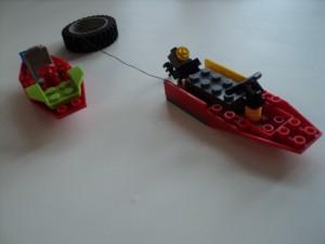 Лодка с тюбингом