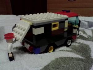 Автомобиль для перевозки преступника