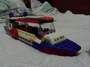 Прогулочный речной трамвайчик 2